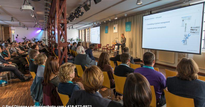 Présentation du Dr Cordia Baumann de Deutsche Welle au Dam Summit, Day1, Berlin, Allemagne